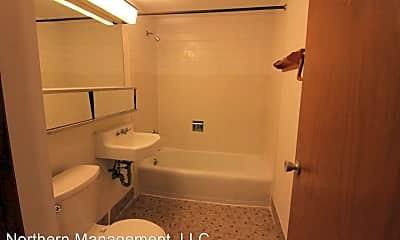 Bathroom, 1204 N 5th St, 1