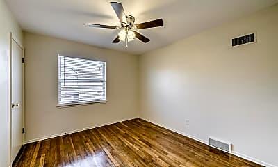 Bedroom, 3112 Arsenal St, 2