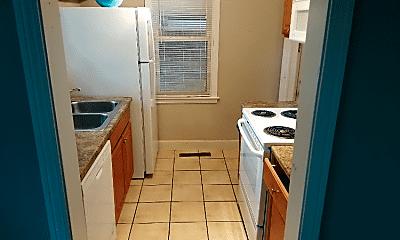 Kitchen, 13660 Manhattan St, 1