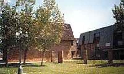 Southwest Oakwood, 1