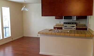 Kitchen, 855 Lakeside Dr, 1