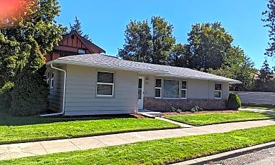 Building, 2511 S Lamonte St, 1