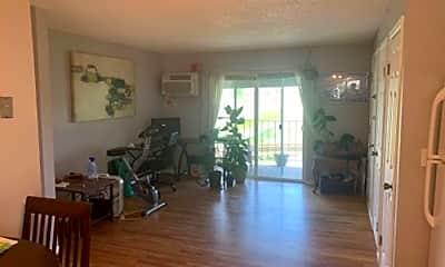 Living Room, 1684 Riverside Ave, 1