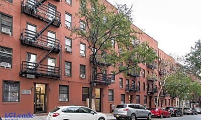 Building, 211 E 88th St, 2