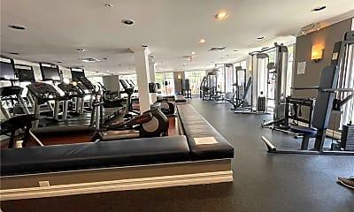 Fitness Weight Room, 1919 Van Buren St 304A, 2