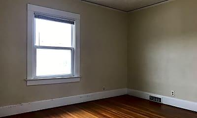 Bedroom, 3514 Leavenworth St, 1