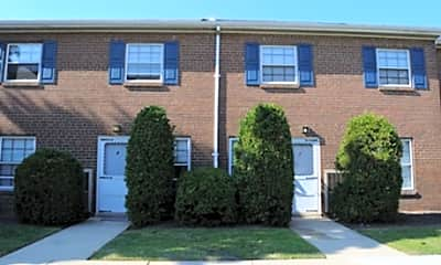 Fountain Street Apartments & Townhomes, 2