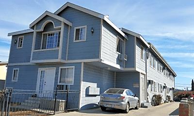 Building, 3240 Chapman St, 2
