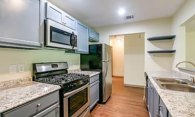 Kitchen, 24615 Wilderness Rd, 1