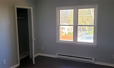 Bedroom, 211 S Caldwell St, 1