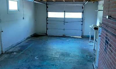Patio / Deck, 880 Cascade Dr, 2