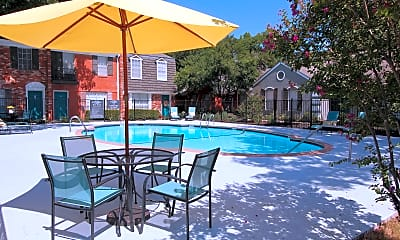 Settlement Apartments, 1