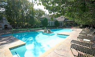 Pool, 4900 E Oltorf St, 1