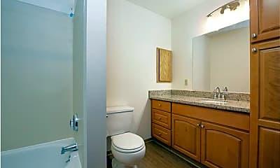 Bathroom, Beardslee Place Apartments, 2