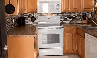 Kitchen, 501 44th Ave N, 2