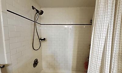 Bathroom, 30 Daniels St, 2