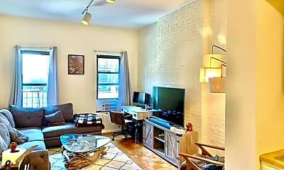 Living Room, 344 E 61st St 16, 1