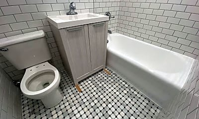 Bathroom, 76 Wendt Ave F, 2