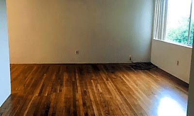 Living Room, 306 Hanover Ave, 1