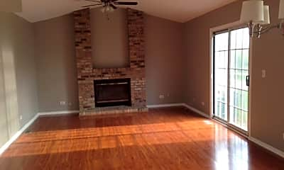 Living Room, 6258 Eagle Ridge Dr, 1