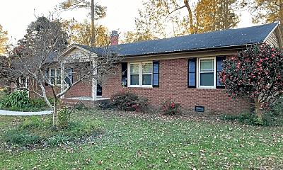 Building, 430 Circle Dr, 1