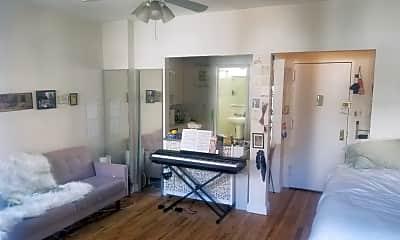 Living Room, 213 W 79th St, 1
