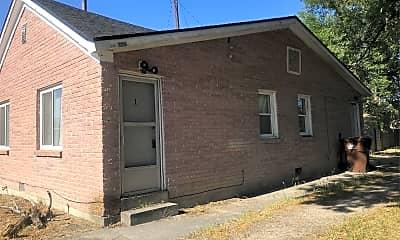Building, 3198 400 E, 1