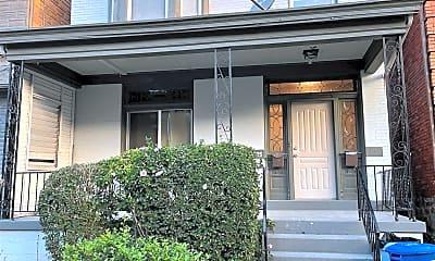 Building, 5525 Howe St, 2