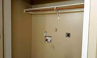 Bathroom, 422 Amires Pl, 2