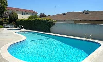 Pool, 4524 182nd St, 2