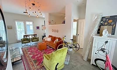 Living Room, 613 E Duffy Ln, 1
