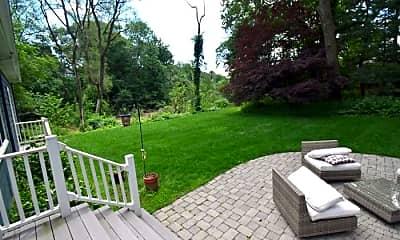 Patio / Deck, 370 Woodland Rd, 0