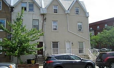 Building, 3611 Warren St, 0