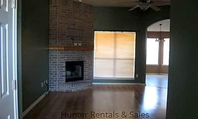 Living Room, 2403 Jasmine Ln, 2