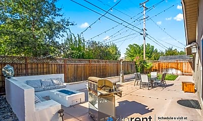 Patio / Deck, 1060 Wallace Drive, 2