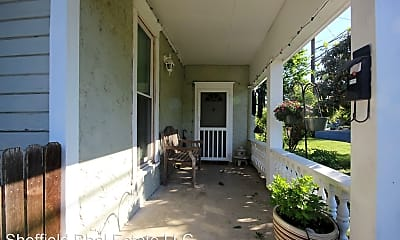 Patio / Deck, 5504 Woodrow Ave, 1