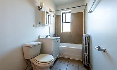 Bathroom, 234 E 109th St, 2