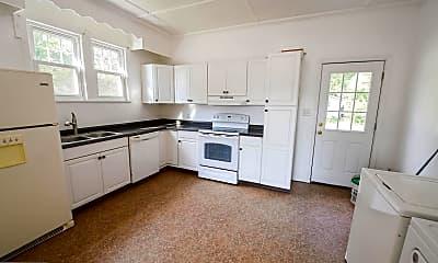 Kitchen, 121 Hayward Ave, 2