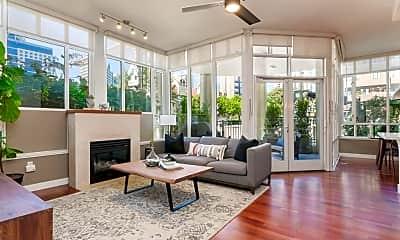 Living Room, 686 Kettner Blvd, 0
