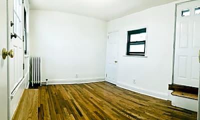 Living Room, 386 9th St, 2