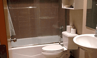 Bathroom, 2029 W Evergreen Ave, 2