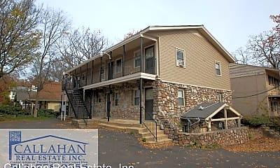 Building, 503 N Pine St, 2