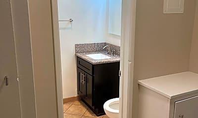 Bathroom, 3520 Elm Ave, 2