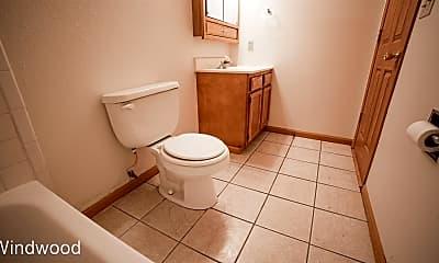 Bathroom, 1412 E Gateway Cir S, 2