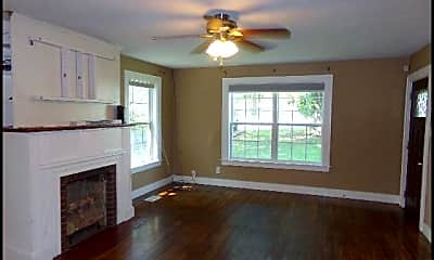 Living Room, 1510 Parkway Drive, 1