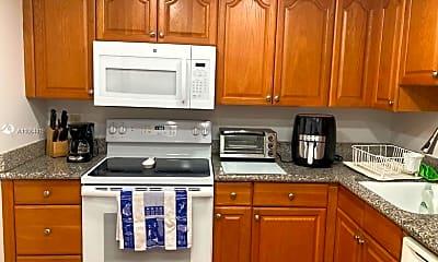 Kitchen, 4261 W Palm Aire Dr 208, 1