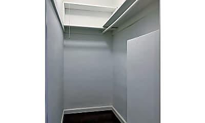 Bathroom, 4232 Mary Ellen Ave, 2