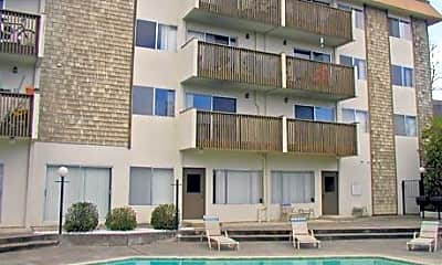 Windsor Apartments, 2