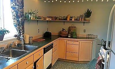 Kitchen, 905 2nd St, 1