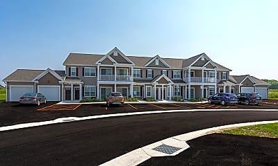 Avon Commons Apartments, 0